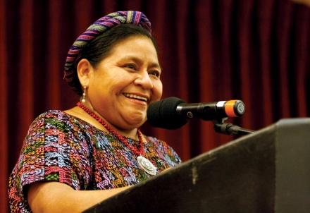 Rigoberta-Menchú-Conferencia