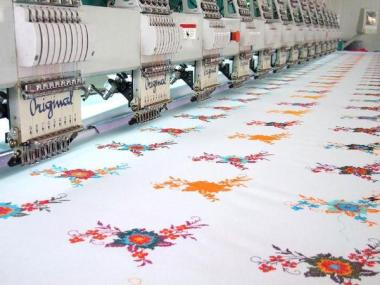 flat_computerized_embroidery_machine_grande